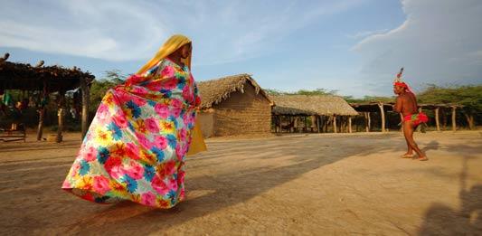 Entra en contacto con los indígenas Wayúu en Uribia